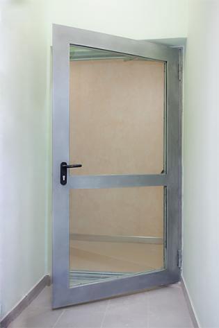 Металлические Противопожарные двери с остеклением более 25%